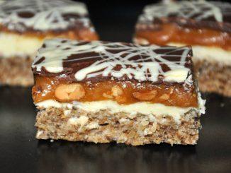 prajitura-snickers-1