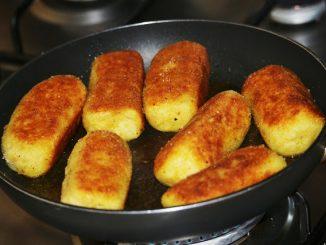 Crochete-de-cartofi-cu-ciuperci-1