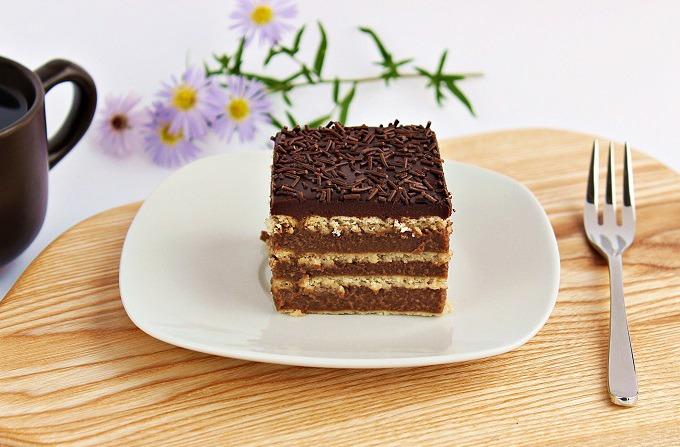 Prajitura cu biscuiti si crema de ciocolata, fara coacere