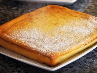prajitura-turnata-cu-branza-si-fructe-de-padure-1