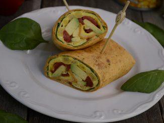 sandvis-cu-humus-si-porumb-dulce-3