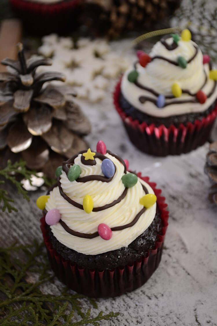 cupcakes braduti impodobiti