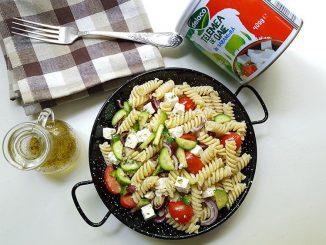 salata-de-paste-cu-telemea-11-1