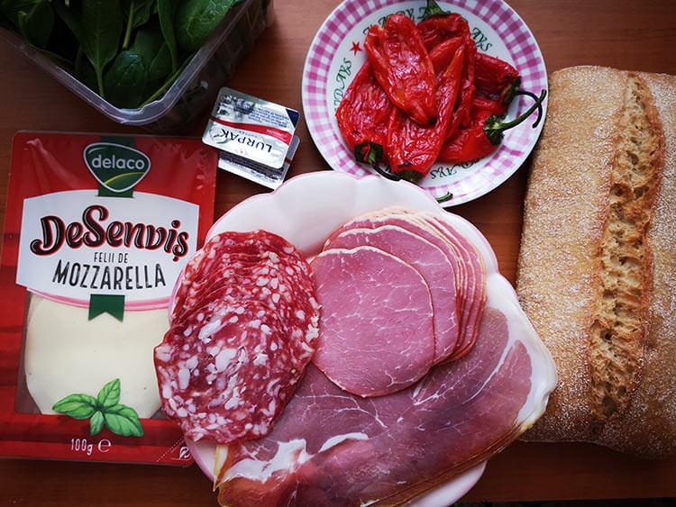ingrediente sandvis italian