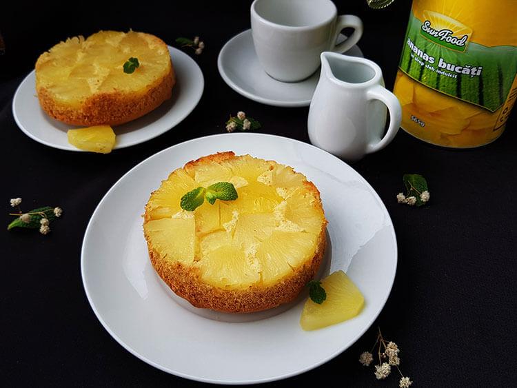 Minitortulete cu ananas