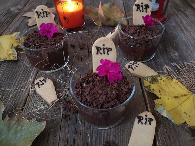 Mousse de ciocolata cu avocado si indulcitor