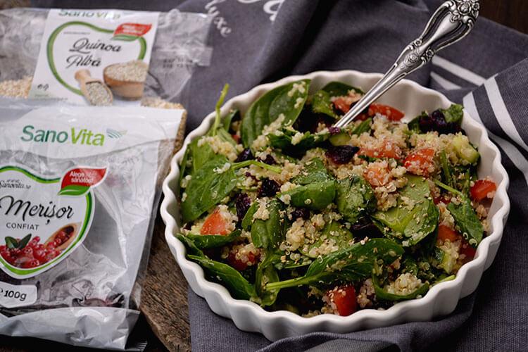 salata cu quinoa si spanac