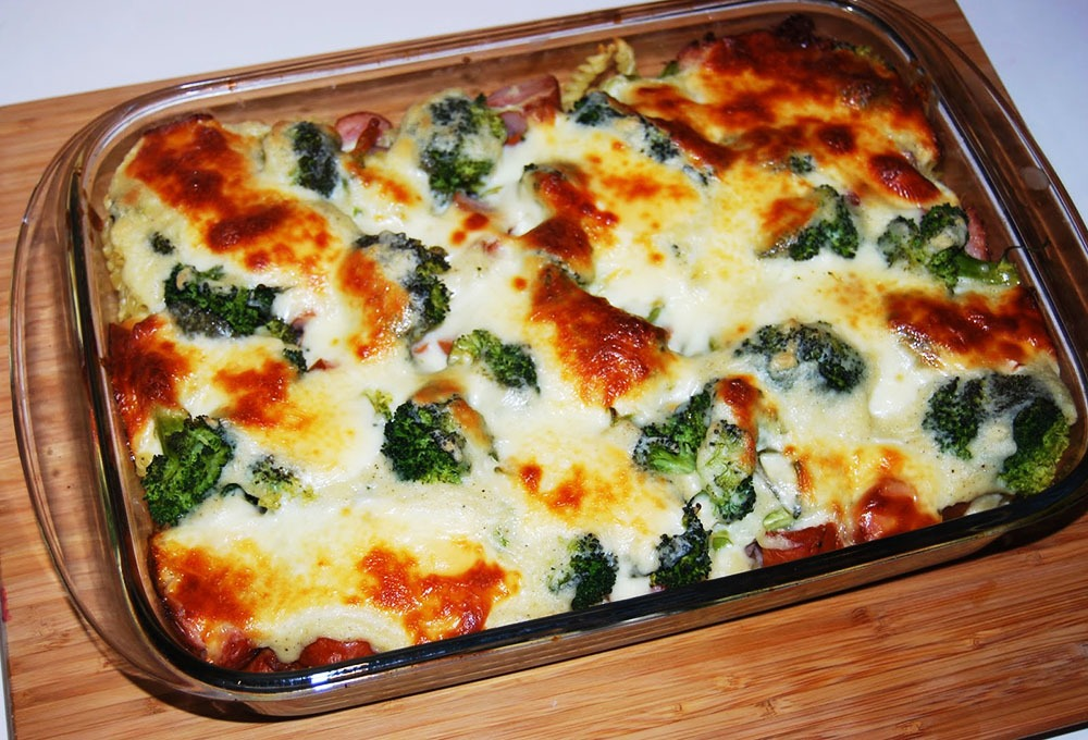 Gratin de broccoli si cartofi, la cuptor