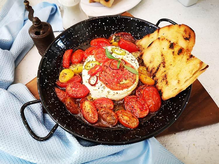 Telemea la cuptor in stil grecesc