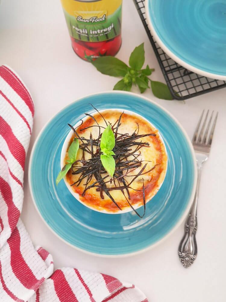 Vinete gratinate la cuptor- Parmigiana