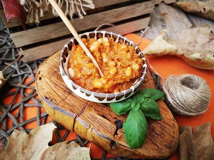 Zacusca de legume cu fasole