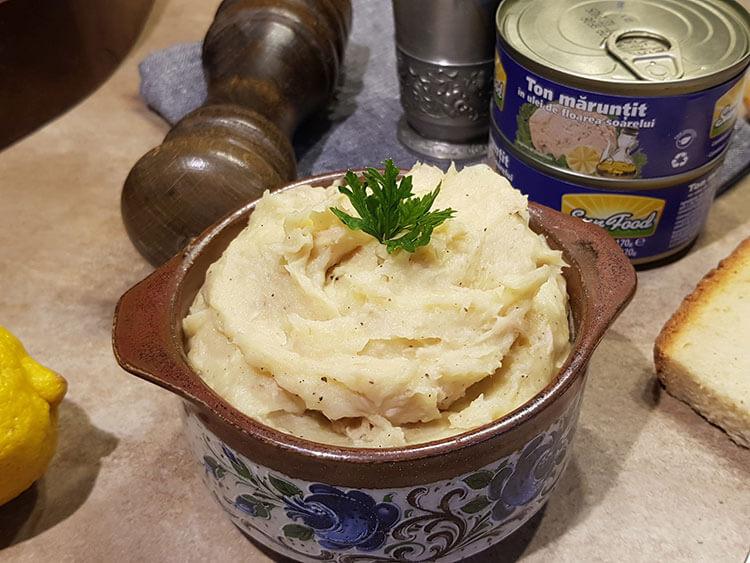 Salata de cartofi cu ton maruntit