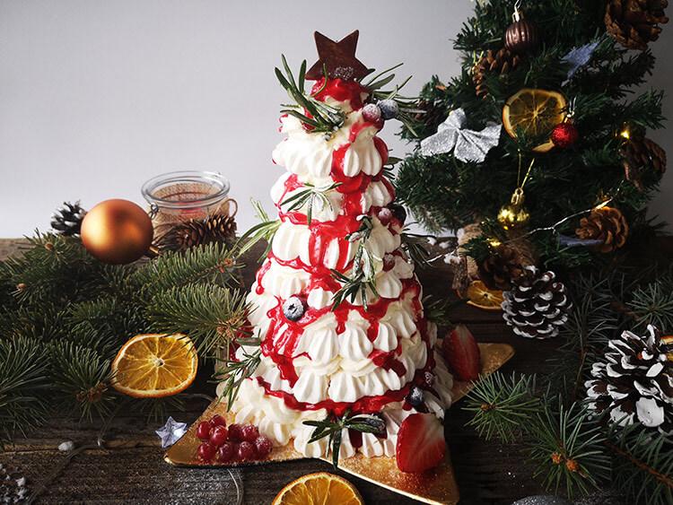 Tort Pavlova- Bradut de Craciun